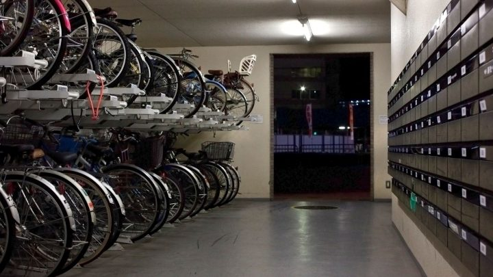 What are the Benefits of Two-Tier Bike Storage?